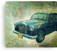Old Havanna Car Sedan  Canvas Print