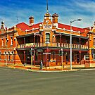 Furner's Hotel Ulverstone by TonyCrehan