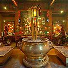 Godstatues in Man Mo Temple by Delfino