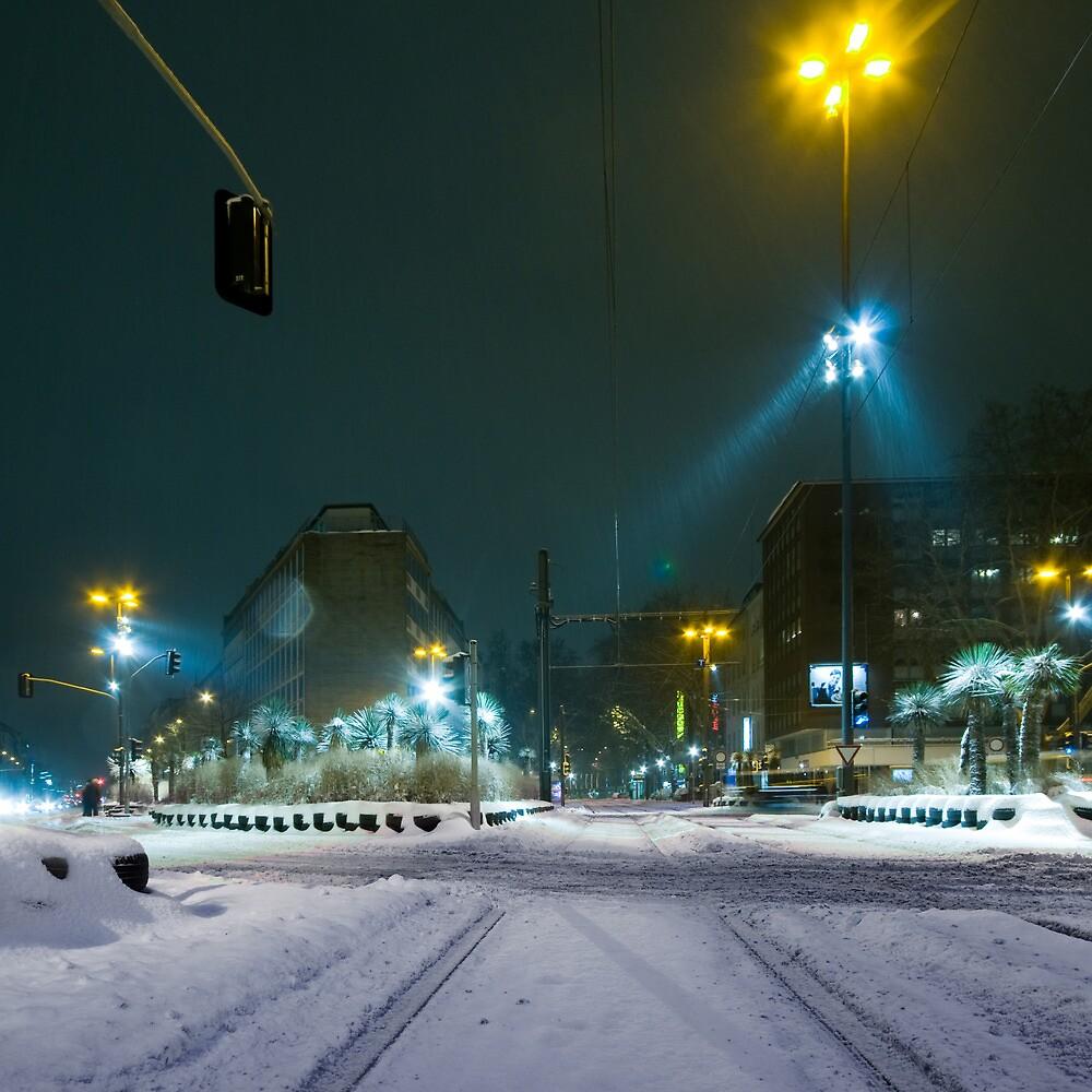 snow fall night scene by ninesmith33