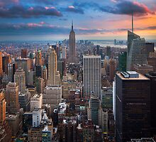 Big Apple Skyline by Inge Johnsson