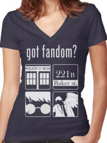 Got Fandom? Women's Fitted V-Neck T-Shirt
