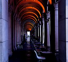 Golden Arches by kraMPhotografie