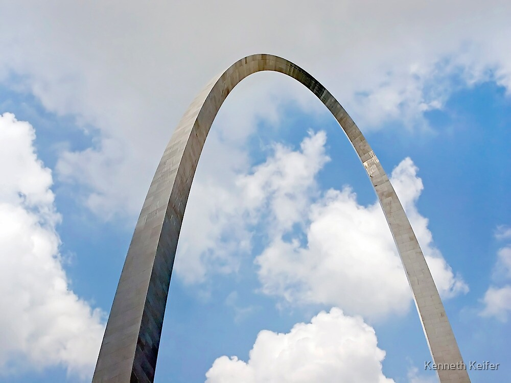Gateway Arch by Kenneth Keifer