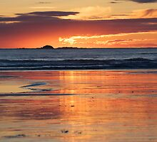 Tofino Sunset by JasPeRPhoto