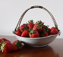 Vrysaatse Aarbeie (Strawberries from the Free State) by Qnita