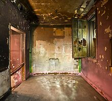 Victory Theatre- powder room by ward9