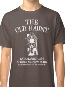 CASTLE'S BAR THE OLD HAUNT Classic T-Shirt