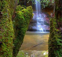 Cararact Falls by Bezman
