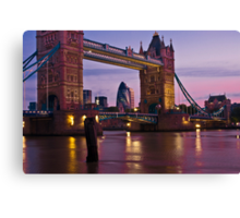 Dawn Light at Tower Bridge - London. Canvas Print