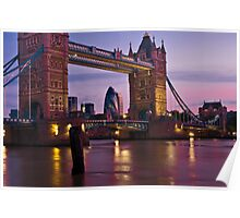 Dawn Light at Tower Bridge - London. Poster