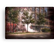 heat of the city Canvas Print