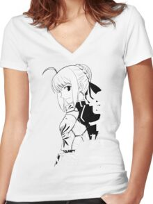 Fate/Stay night & Fate/Zero - SABER Women's Fitted V-Neck T-Shirt