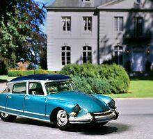 1963 Citroen DS by tilsonallen