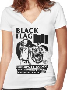 Retro Punk Restyling   - Black Flag wolf Women's Fitted V-Neck T-Shirt