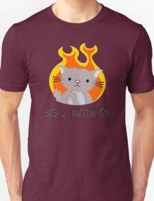 Nerd cat on fire T-Shirt