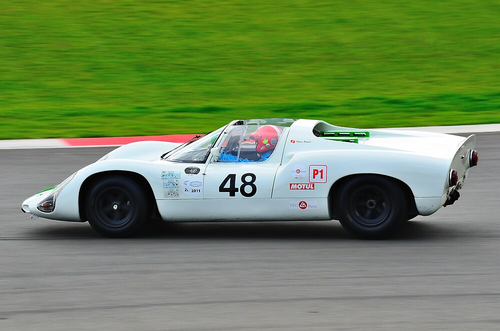 Porsche 910 by Willie Jackson