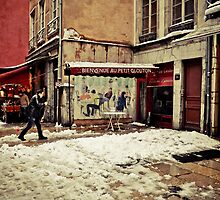 Je rentre à la maison IX by Rima Dadenji