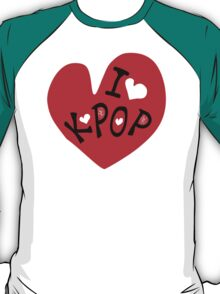 I love k-pop txt heart vector graphic line art T-Shirt