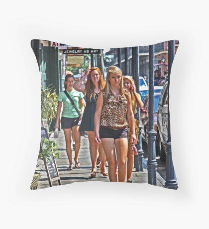 L'entourage Throw Pillow
