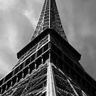 Eiffel Tower - Paris (France) by Juergen Weiss