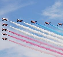 The Red Arrows at Airbourne by David Fowler