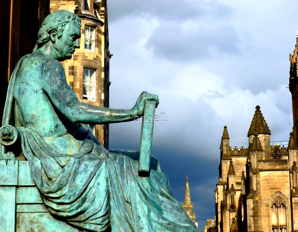 Edinburgh Royal Mile ~ Statue of David Hume by ©The Creative  Minds