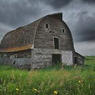 Big Saskatchewan Barn by JasPeRPhoto