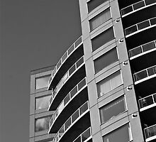 HIghrise BW by Linda Bianic