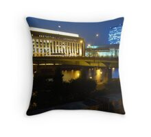 Chestnut St Bridge, Philadelphia Throw Pillow