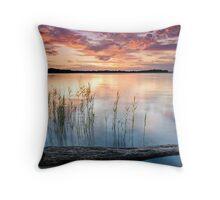 Mallabula sundown Throw Pillow