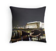 Chestnut St Bridge, Philadelphia Throw Pillow