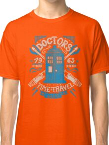 Doctors time travel club Classic T-Shirt