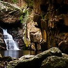 Waterfall at Stoney Creek by ElRobbo