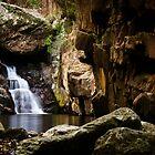 Waterfall at Stoney Creek by ElRobbo