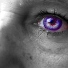 Purple Eye by H0110wPeTaL