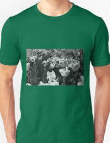 tulips chicago Unisex T-Shirt