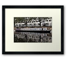London  Waterbus Companies  Narrow boat 'Milton', at Little Venice. Framed Print