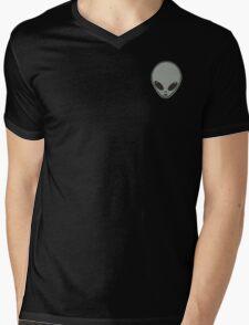 GRUNGE TUMBLR ALIEN DESIGN Mens V-Neck T-Shirt
