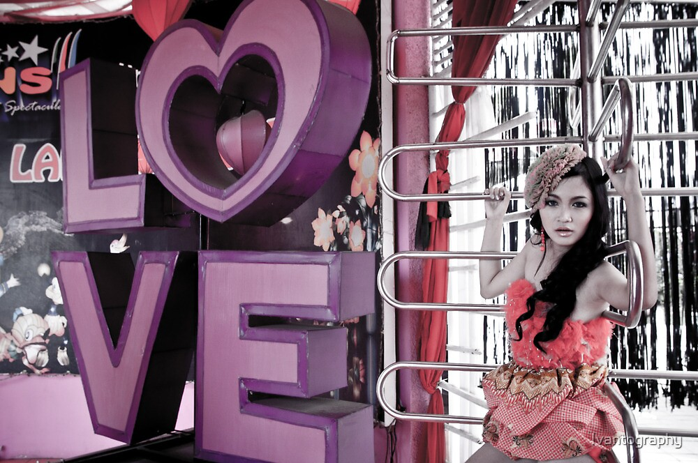 LOVE and BARS by Ivantography