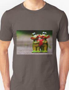 Frogs in love Unisex T-Shirt