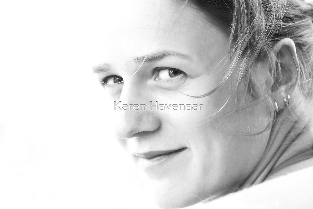 On white by Karen Havenaar