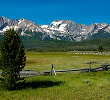 Sawtooth Mountains, Idaho by photomatte
