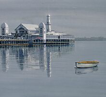The Pier, Geelong by Freda Surgenor