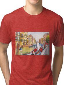 Fondamenta Bragadin, Venezia, Italia Tri-blend T-Shirt