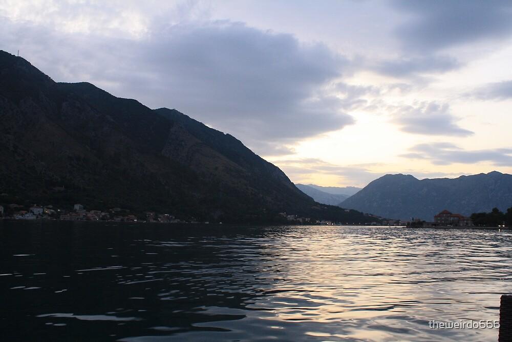 Mountain Sunset by theweirdo666
