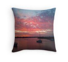 yamba sunset Throw Pillow