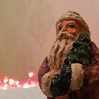 Old Santa by weecritter