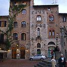 Piazza della Cisterna by Fara