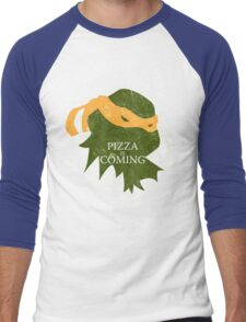 Pizza is Coming (Turtle Green Version) Men's Baseball ¾ T-Shirt